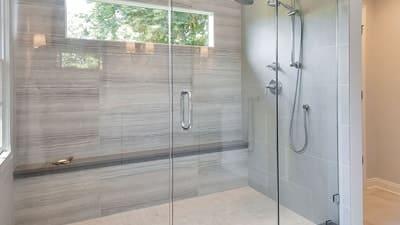 Badkamer: inloopdouche plaatsen