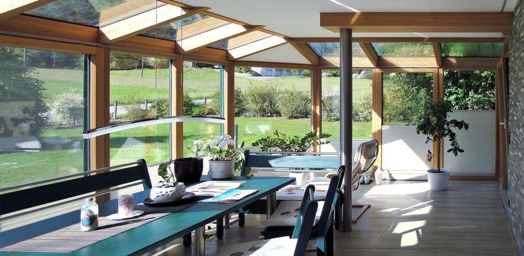 Houten veranda: moderne stijl