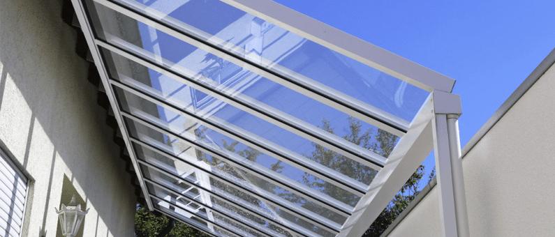 Terrasoverkapping glas: Wat zijn de voordelen?