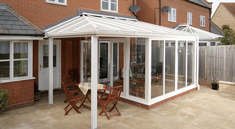 PVC veranda: goedkoper dan aluminium