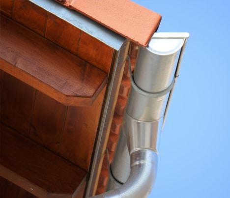Waarom dakgoot herstellen?
