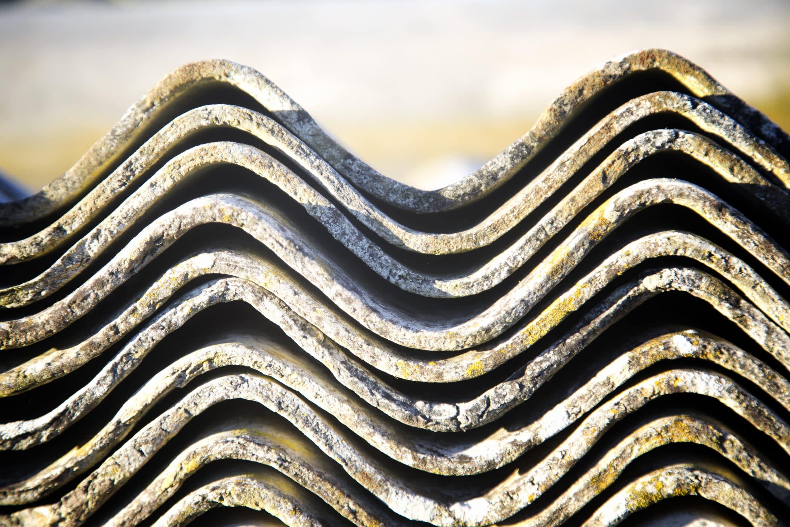 Asbest golfplaten verwijderen: info en prijzen