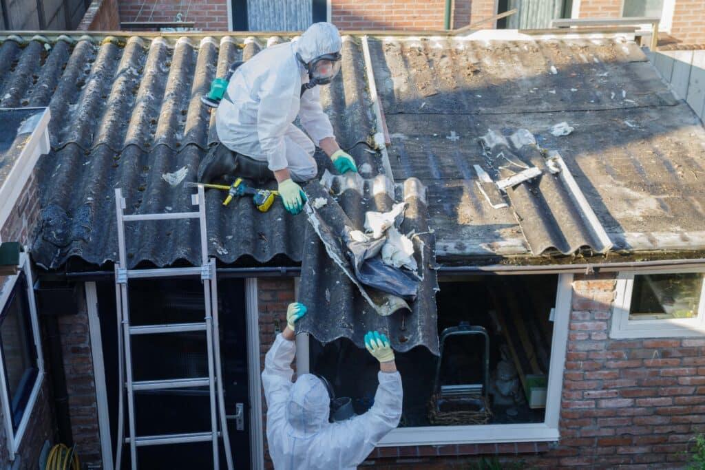 Asbest dak laten verwijderen door professionals