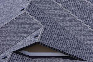 Dakshingles voordelen en nadelen voor jouw dak